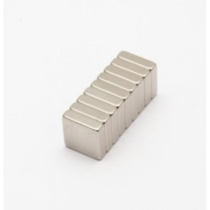 Неодимовый магнит прямоугольник 10х10х3мм