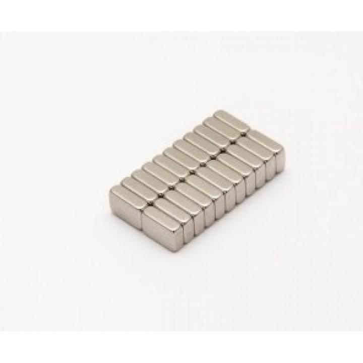 Неодимовый магнит прямоугольник 6х4х1 мм